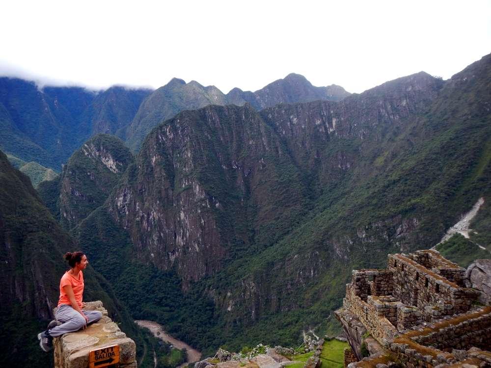 Machu Picchu sommêt - Machu Picchu: les secrets d'une aventure à moins de 99 $ - Nomad junkies