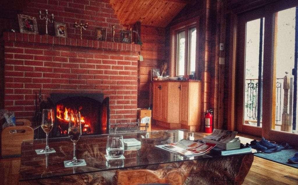 Feu de foyer - Guide de survie à l'hiver pour le nomade - Nomad Junkies