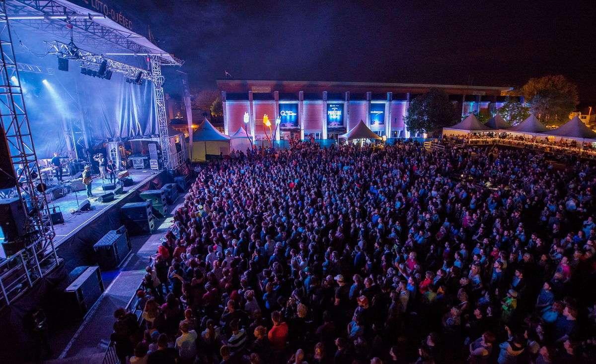 Festival de la poutine - Top 10 des festivals d'été au Québec - Nomad Junkies