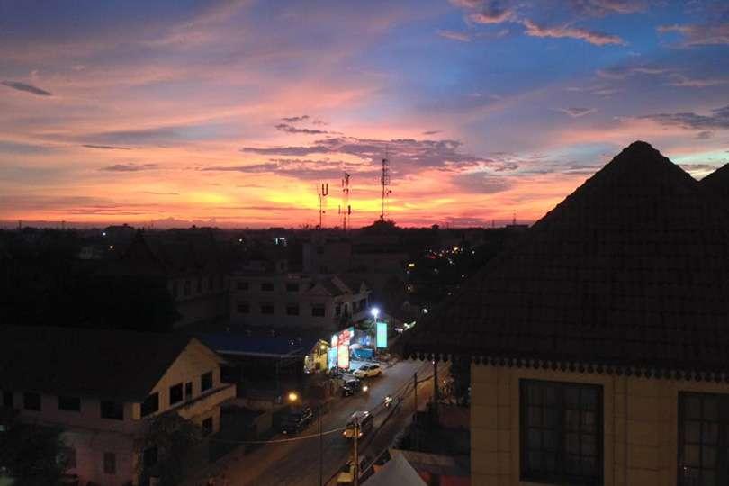 Coucher de soleil Cambodge - Cambodge : Le voyage, ce n'est pas toujours rose - Nomad Junkies