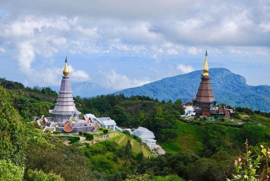 Pagodes Roi et Reine - Doi Inthanon : Le bijou caché de Chiang Mai - Nomad Junkies