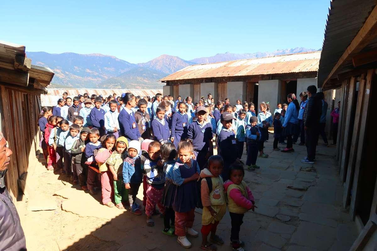 École - Katmandou à l'Everest : 21 jours de trek par l'ancienne route - Nomad Junkies