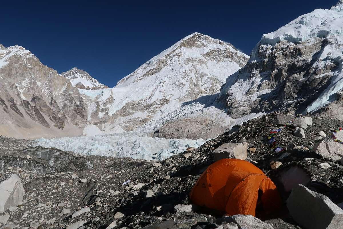 Everest Base Camp - Katmandou à l'Everest : 21 jours de trek par l'ancienne route - Nomad Junkies