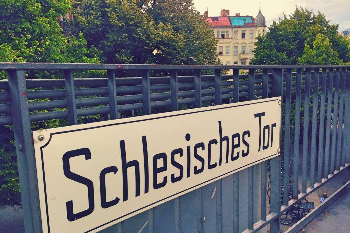 Nom de rue Berlin - 3 choses à savoir avant de déménager à l'étranger - Nomad Junkies