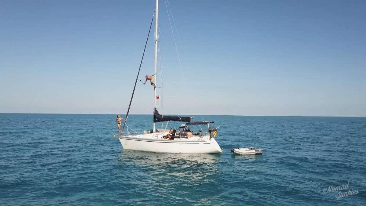Saut bateau - Épisode 5 : aux Bahamas – Génération Nomade - Nomad Junkies