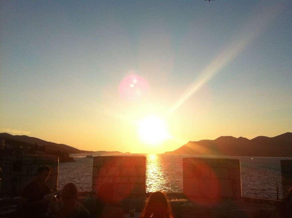 Coucher de soleil Korcula - Croatie - Nomad Junkies
