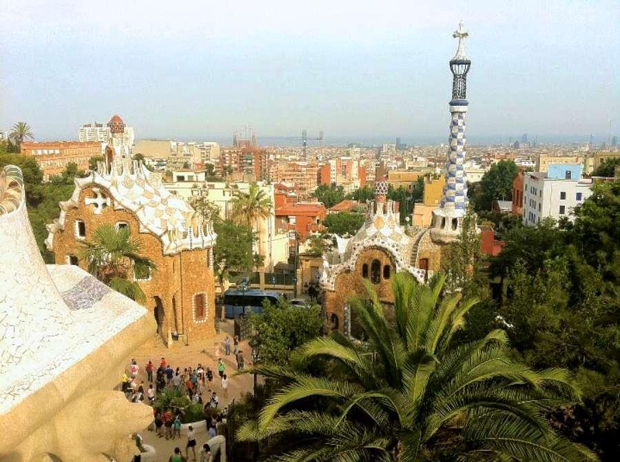 Barcelone - Top 5 des meilleurs endroits pour un voyage solo - Nomad Junkies