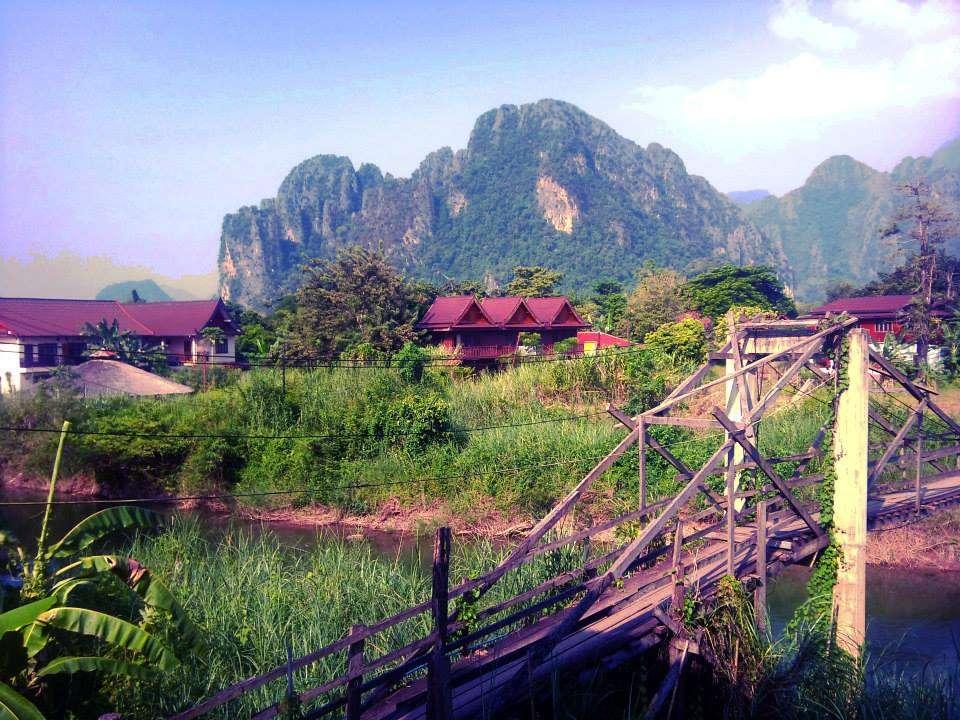Vang Vieng - Laos - Nomad Junkies