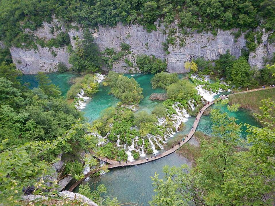 Plitvice (Croatie) - Top 20 des endroits à explorer avant de mourir - Nomad Junkies