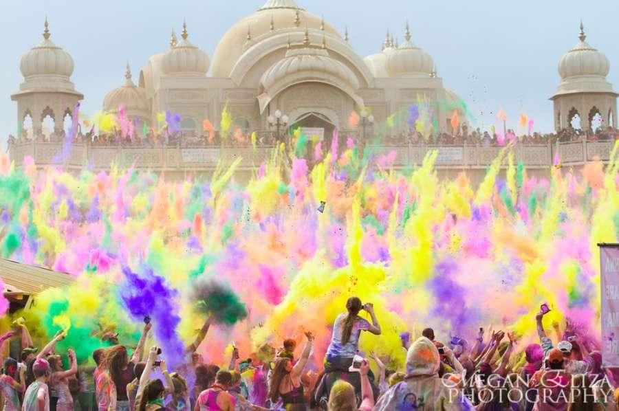 Festival Holi - Top 20 des endroits à explorer avant de mourir - Nomad Junkies