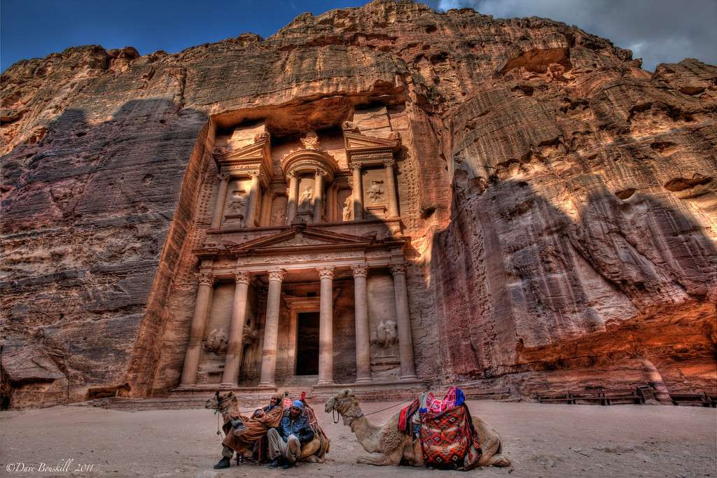Petra (Jordanie) - Top 20 des endroits à explorer avant de mourir - Nomad Junkies