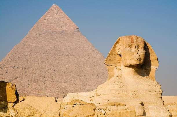 Pyramides Sphinx Gizeh (Égypte) - Top 20 des endroits à explorer avant de mourir - Nomad Junkies
