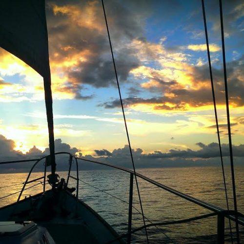 Comment voyager en bateau-stop sans expérience en navigation