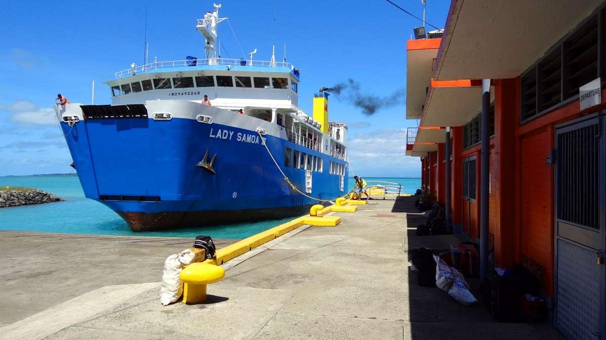Les îles Samoa en Océanie - Ferry