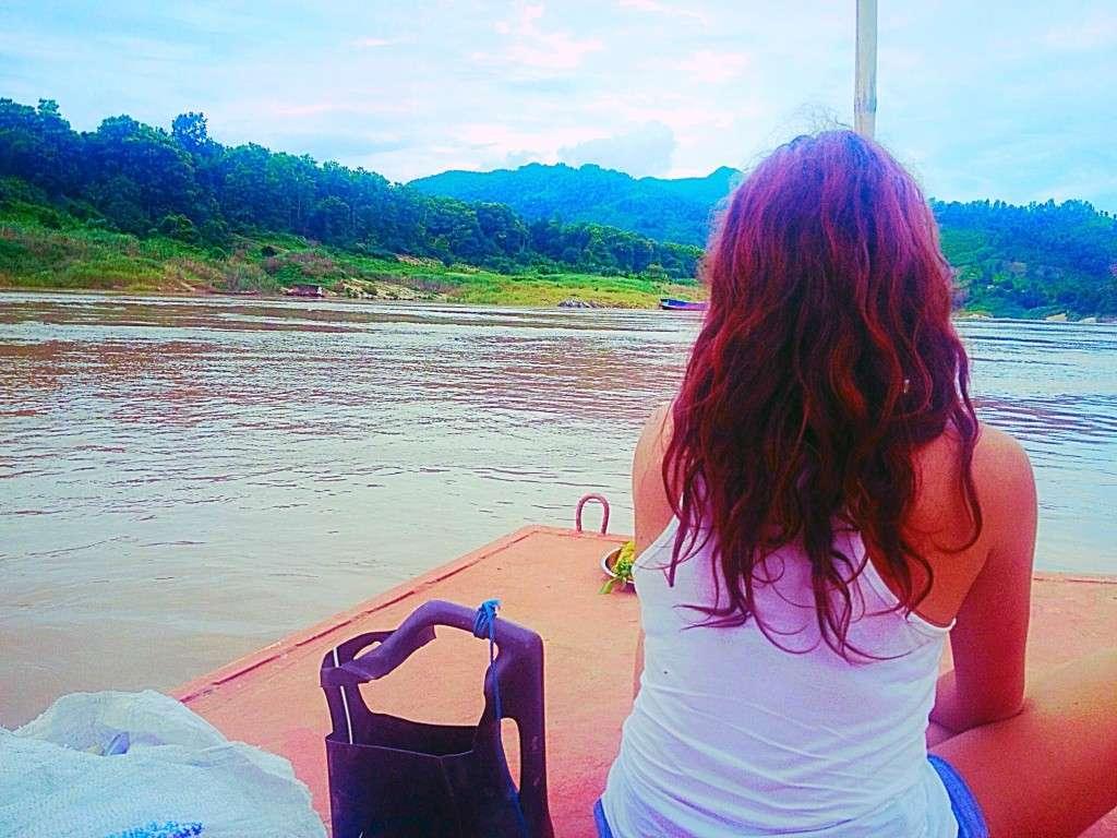 Bateau Mekong - Pourquoi voyager sans date de retour? - Nomad Junkies