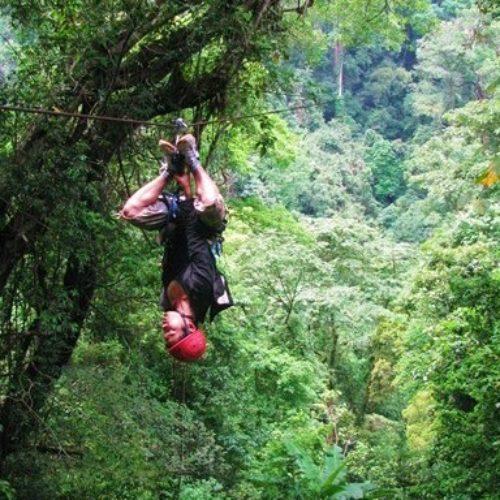 Dormir dans les arbres en pleine jungle au Laos