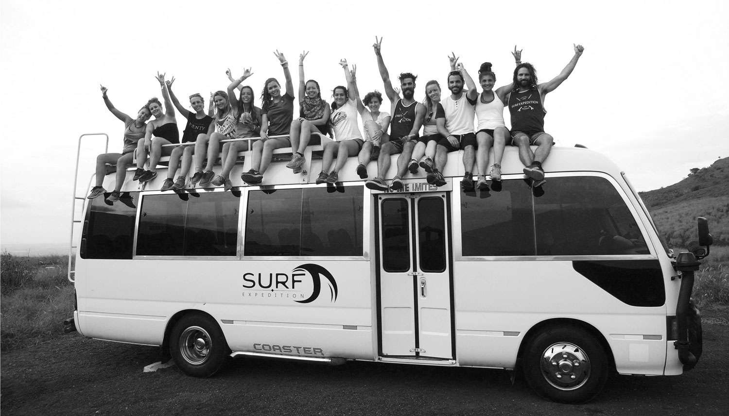 Magic bus surf - Portrait de nomade Sebastion Surf Expedition - Nomad Junkies
