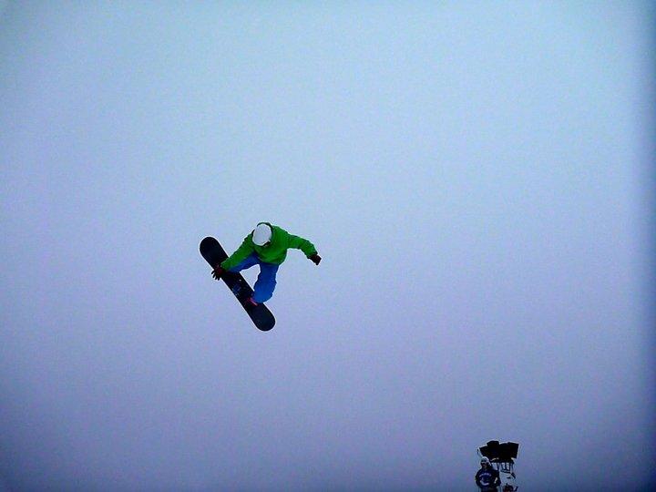 Snowboarding - Portrait de nomade Sebastion Surf Expedition - Nomad Junkies