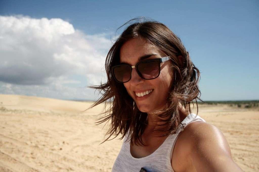 Selfie plage - Récit de nomade : Motorcyle Diary au Vietnam - Nomad Junkies