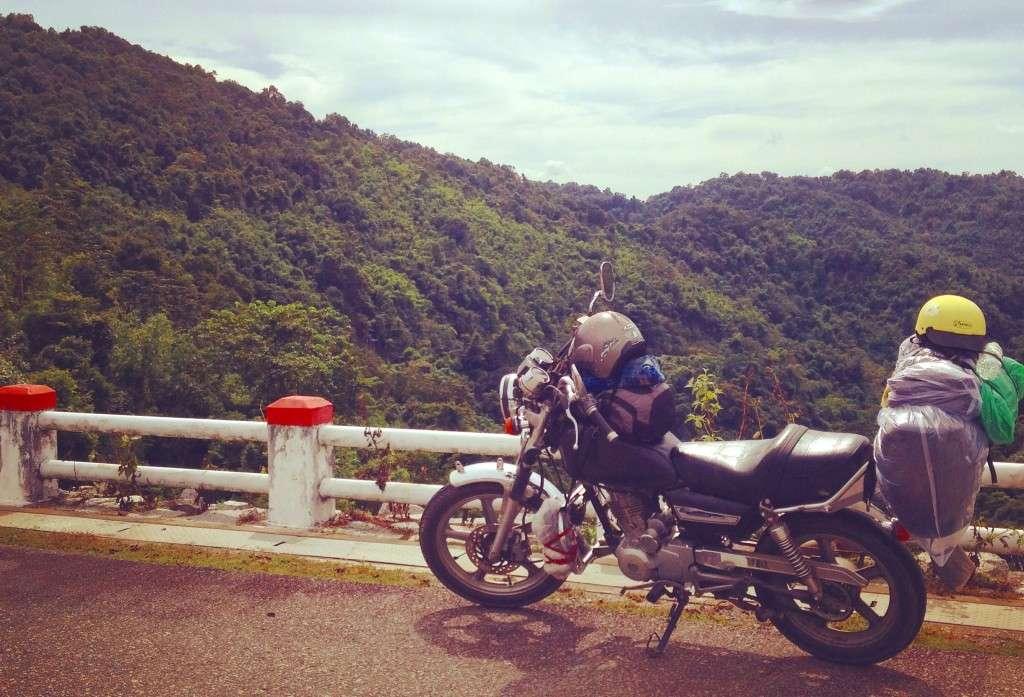 Cover photo - Récit de nomade : Motorcyle Diary au Vietnam - Nomad Junkies