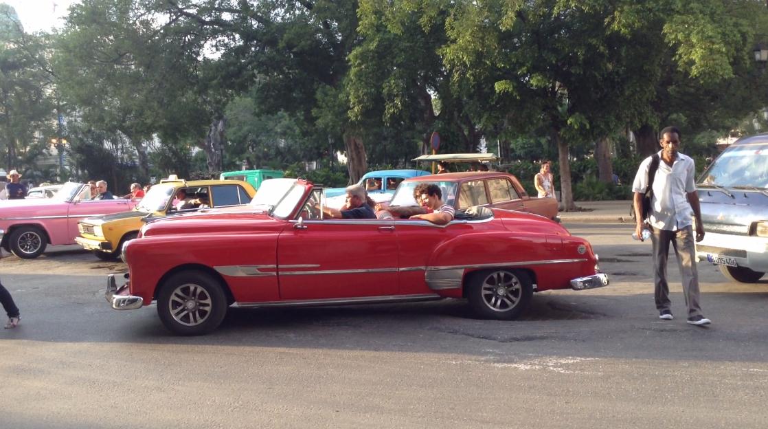 Taxi groupe - Cuba : Un paradis inexploré pour les backpackers - Nomad Junkies