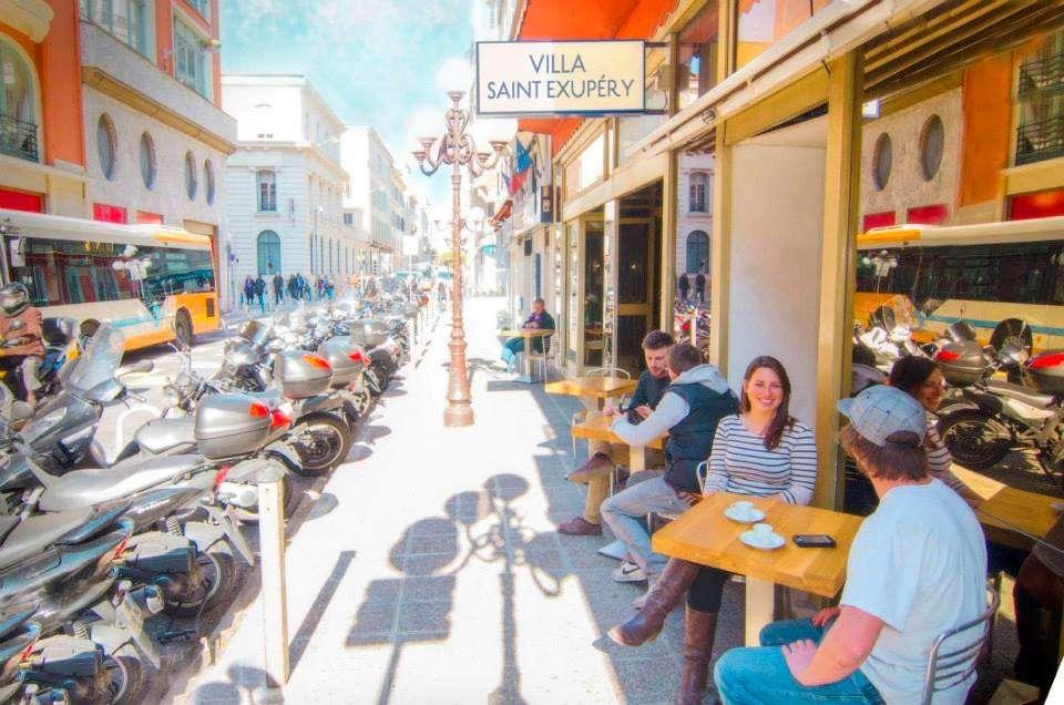 Villa Saint Exupery - Top 10 des auberges de jeunesse de party en Europe - Nomad Junkies