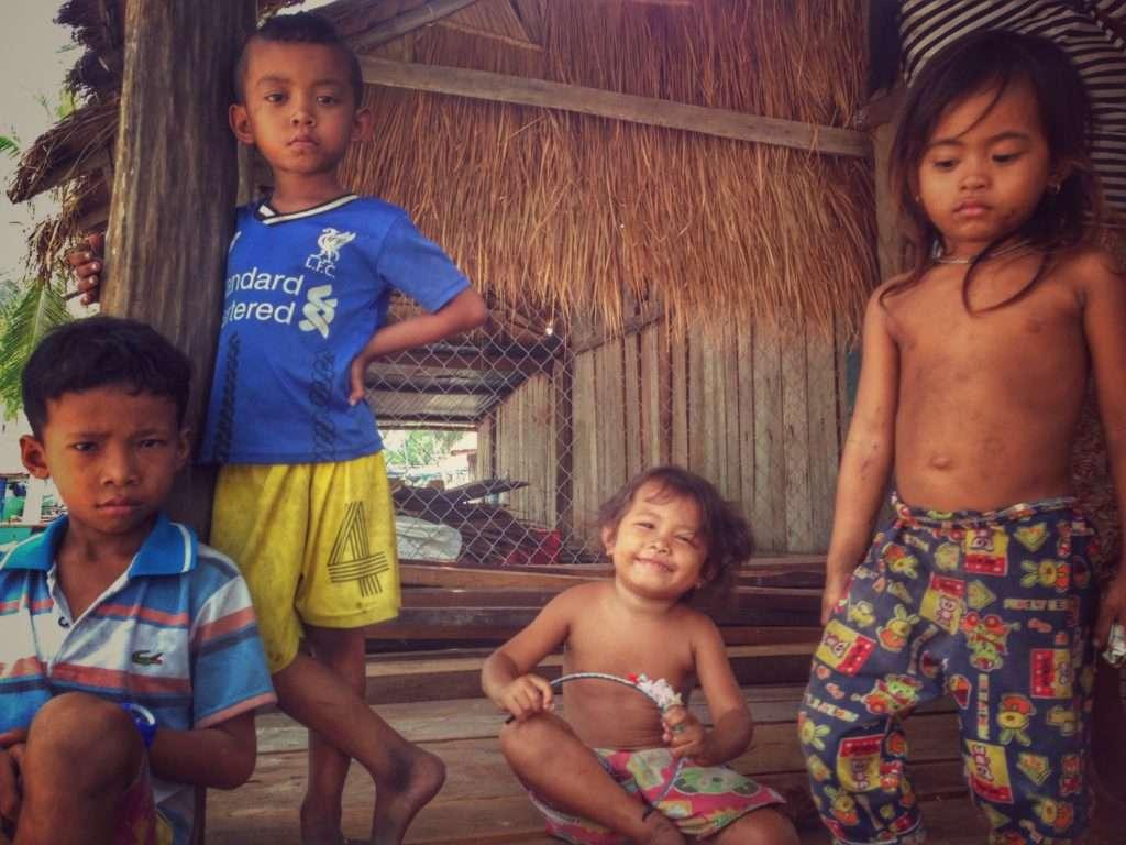 Enfants - 5 fun facts sur le Cambodge - Nomad Junkies