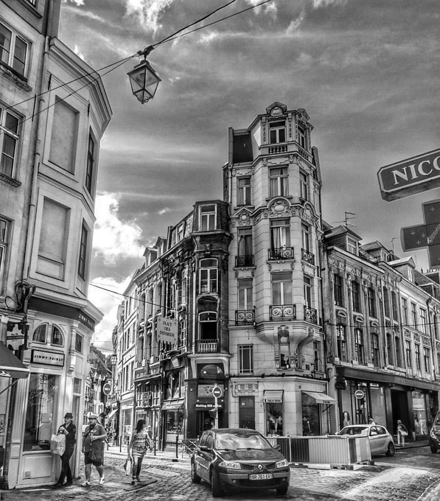 Noir et blanc - Escapade à Lille - Nomad Junkies