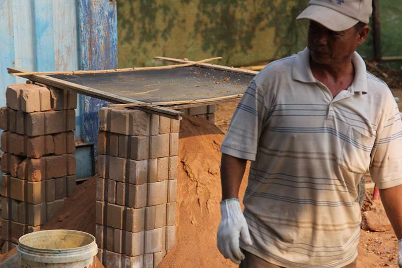 Travailleur - Voyage humanitaire : 5 raisons de te lancer - Nomad Junkies