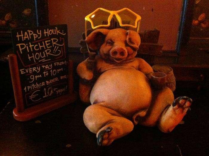 Flying Pig - Top 10 des auberges de jeunesse de party en Europe - Nomad Junkies