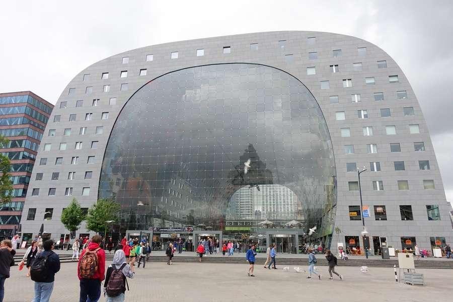 Markthal - 5 raisons pourquoi Rotterdam c'est LA ville à visiter - Nomad Junkies