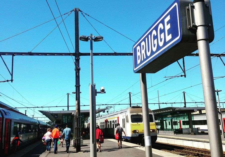 Train - Bruges 20 astuces pour visiter sans se ruiner - Nomad Junkies