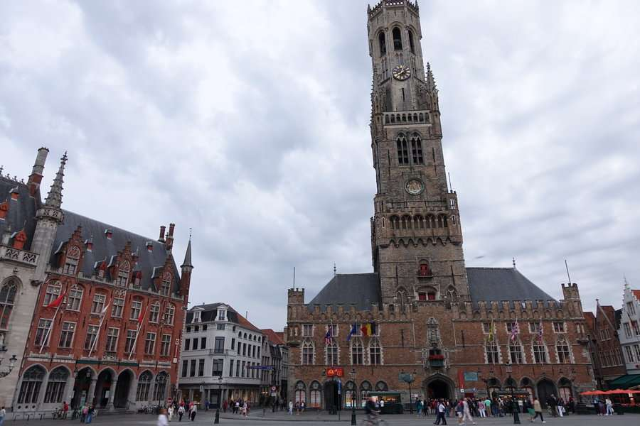 Beffroi - Bruges 20 astuces pour visiter sans se ruiner - Nomad Junkies