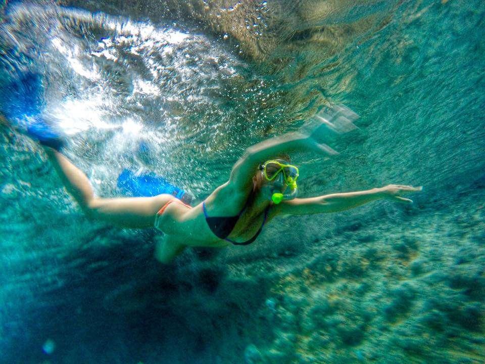 Snorkeling - Portrait de nomades : Lindsay et Nicolas en voilier autour du monde - Nomad Junkies