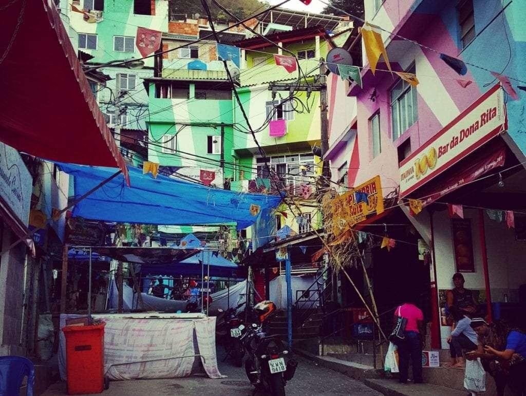 Favela - Quoi faire à Rio de Janeiro : 10 incontournables pour une première visite - Nomad Junkies