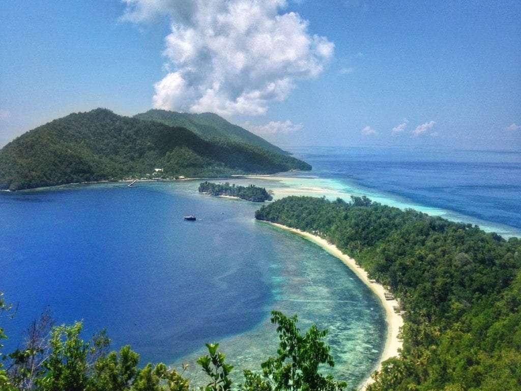 Viewpoint île de Kri - Indonésie : 10 endroits cachés à découvrir absolument - Nomad Junkies