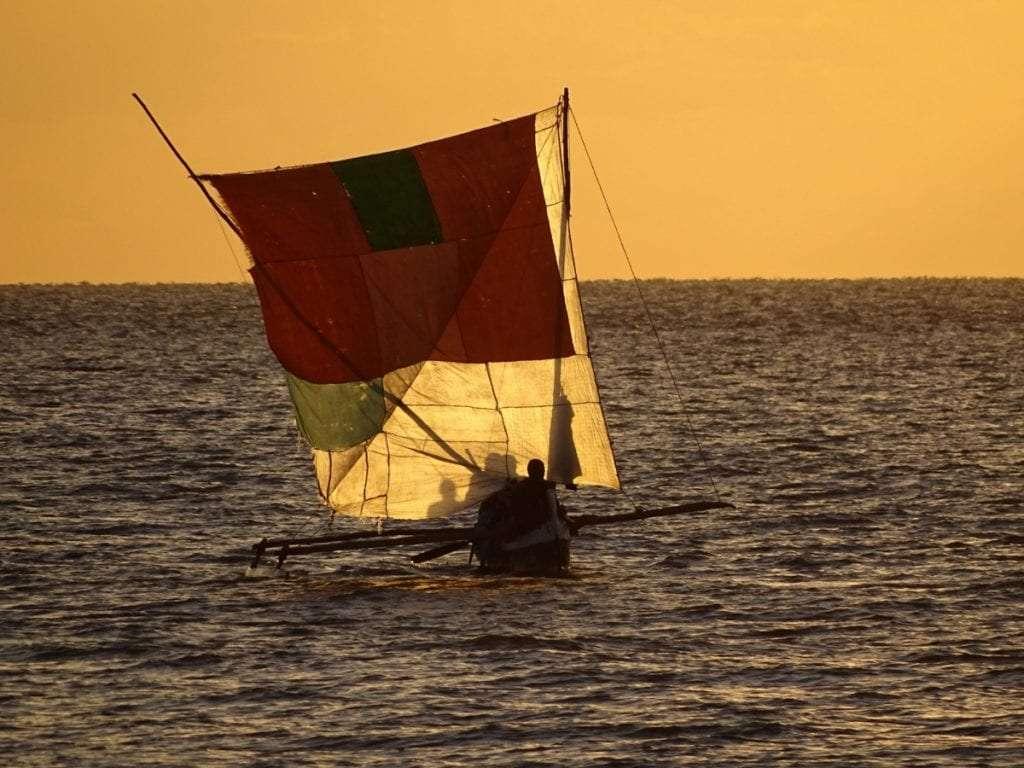 Bateau - Portrait de nomade : 7 questions à Charles de Village Monde - Nomad Junkies