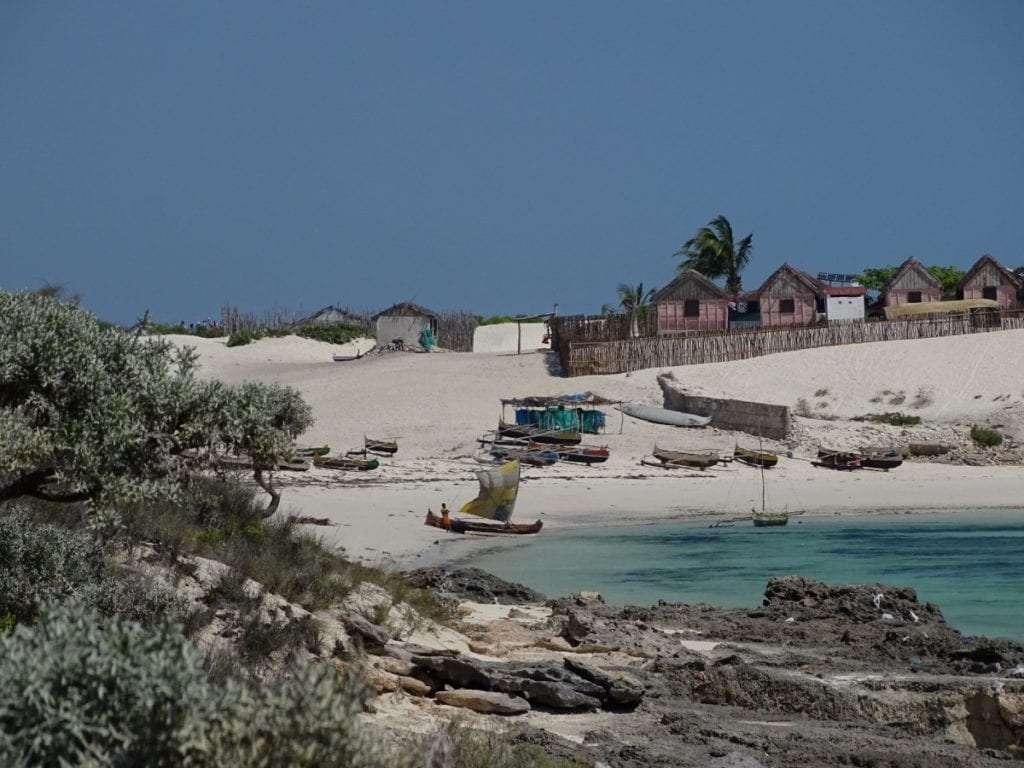 Village plage - Portrait de nomade : 7 questions à Charles de Village Monde - Nomad Junkies