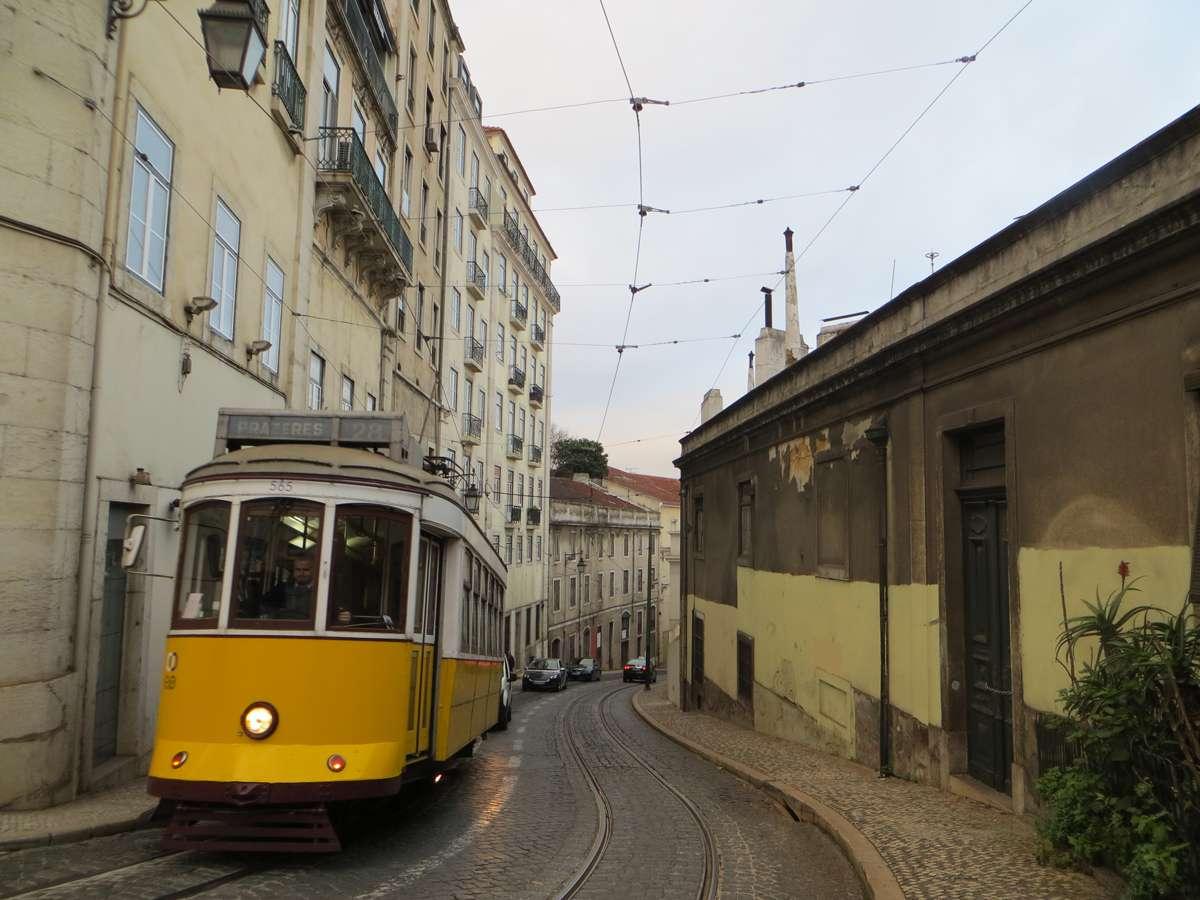 Tram -Lisbonne en 7 coups de cœur- Nomad Junkies