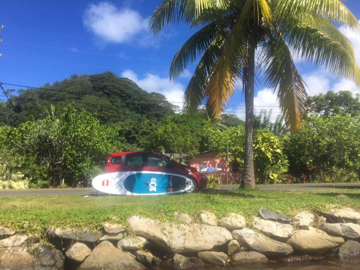 SUP - 5 conseils pour voyager en backpack en Polynésie française - Nomad Junkies