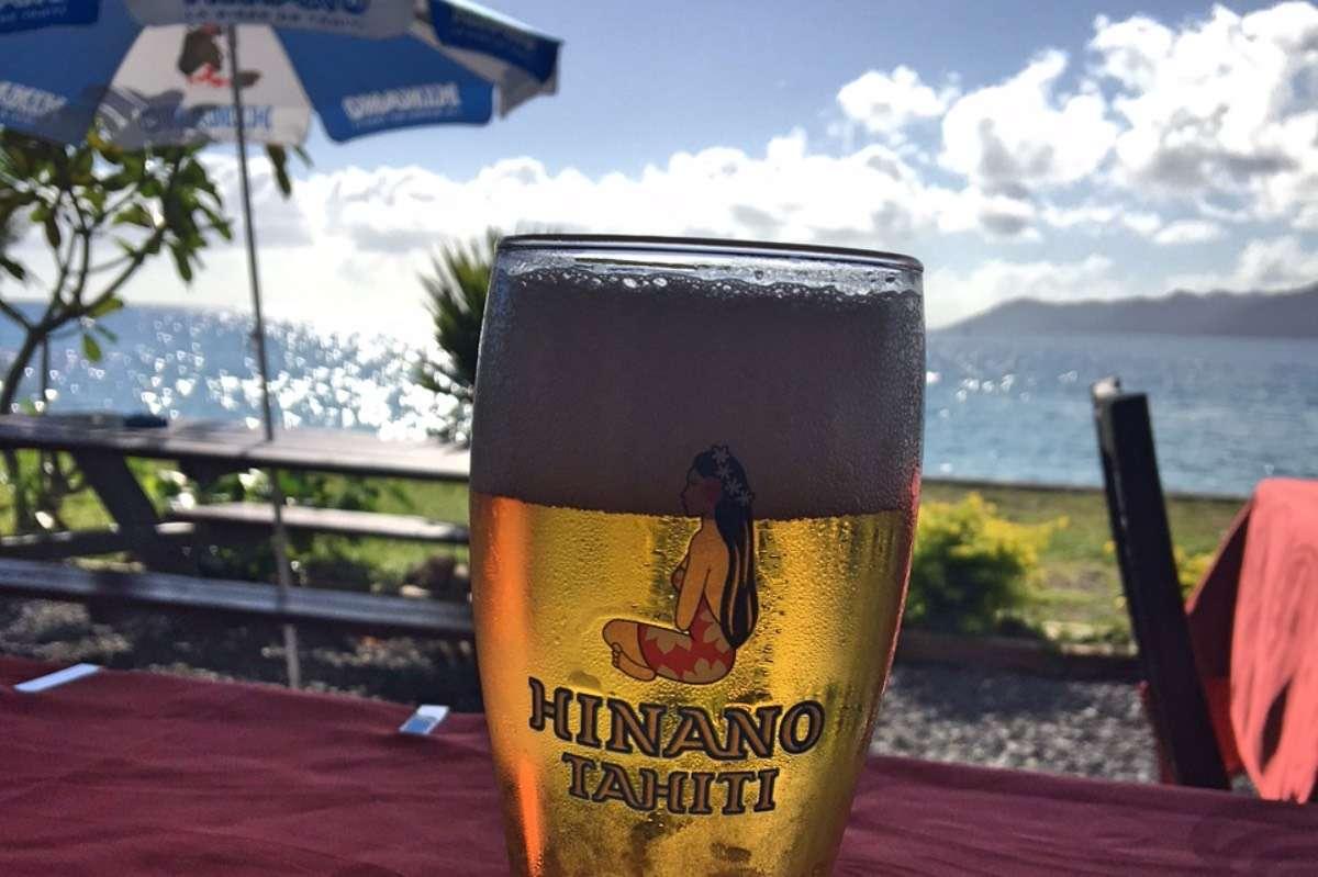 Bière - 5 conseils pour voyager en backpack en Polynésie française - Nomad Junkies