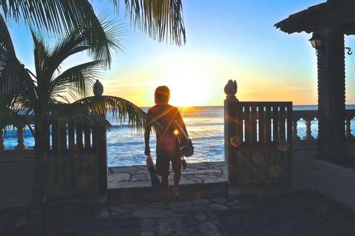 Cover Surf - 10 bonnes raisons de venir triper au Nicaragua aux prochains NomadTALKS - Nomad Junkies