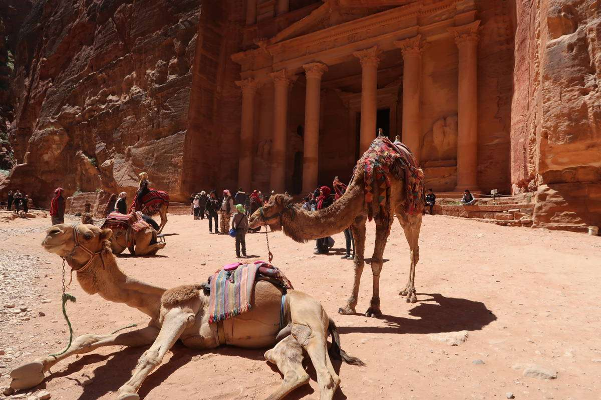 Petra, Jordanie - Top 5 des destinations dépaysantes pour 2018 (en backpack) - Nomad Junkies