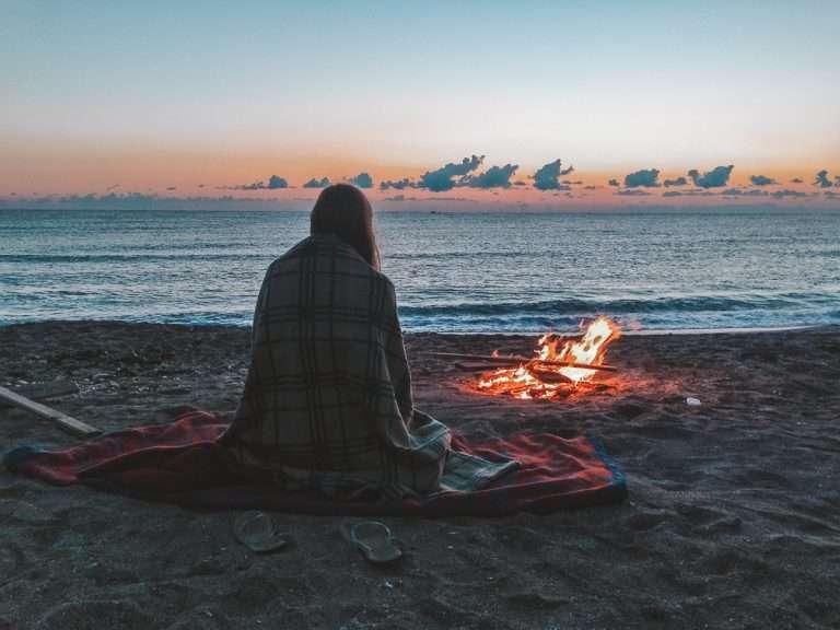 12 accessoires qu'il te faut absolument pour ta prochaine fin de semaine de camping