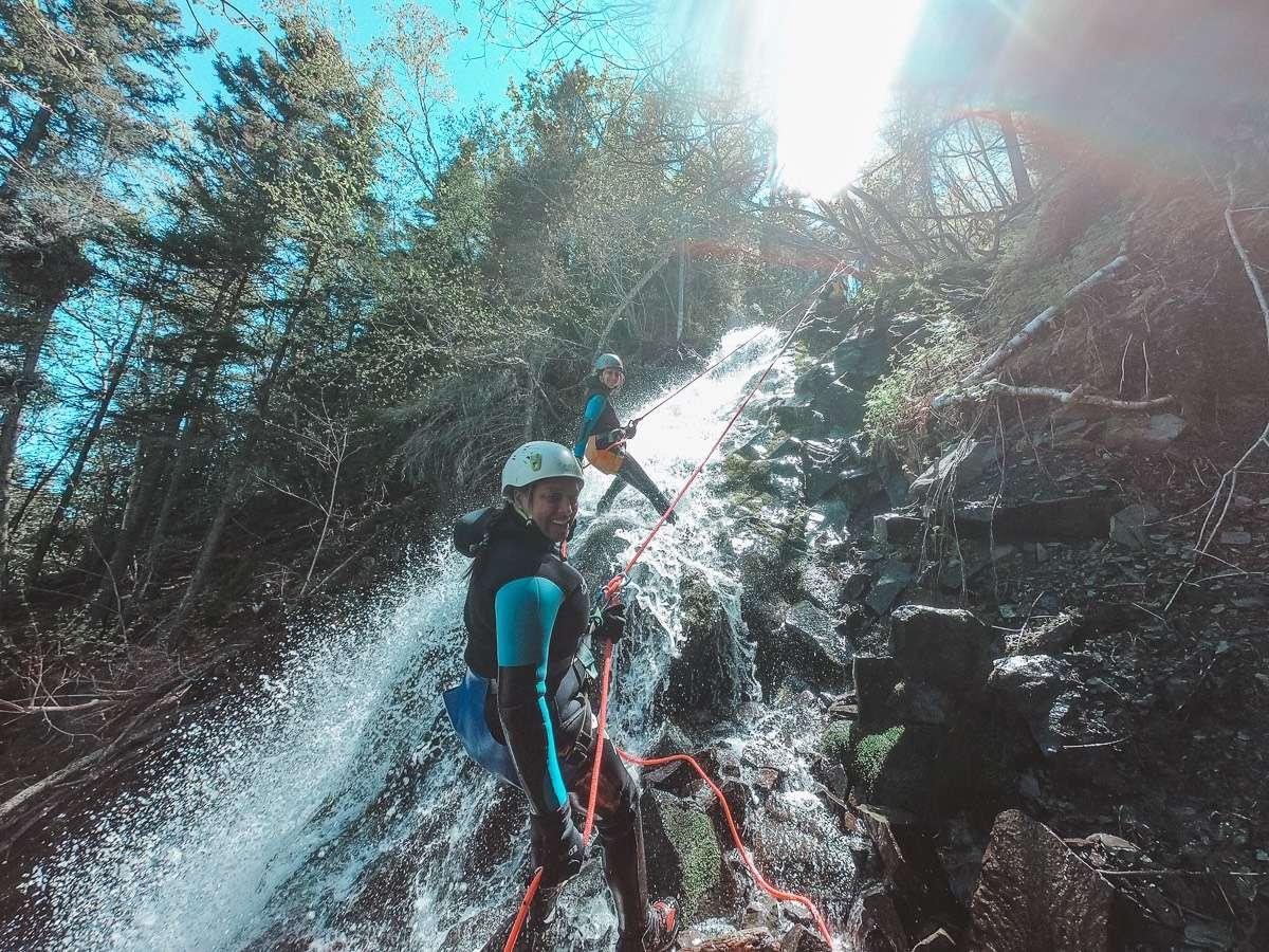 Canyoning - Itinéraire pour un tour de la Gaspésie magique cet été - Nomad Junkies