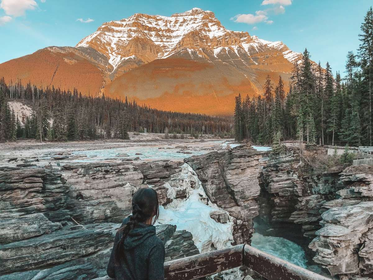 Athabasca Falls - Backpacking Canada: 10 days in Alberta - Nomad Junkies