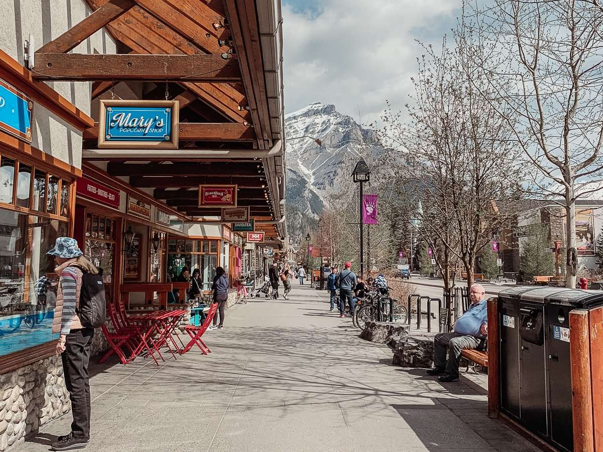 Banff Town - Backpacking Canada: 10 days in Alberta - Nomad Junkies