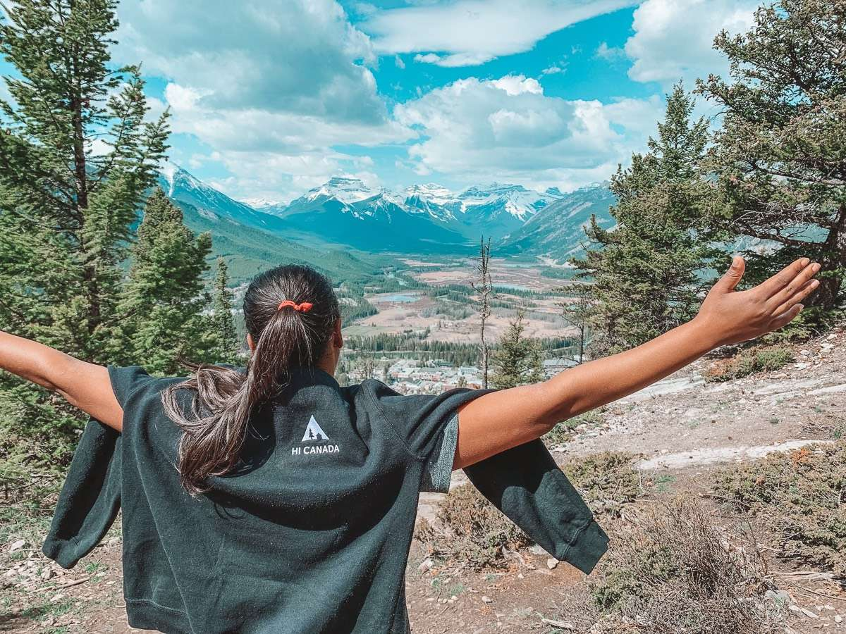 Tunnel Mountain Hike - Backpacking Canada: 10 days in Alberta - Nomad Junkies