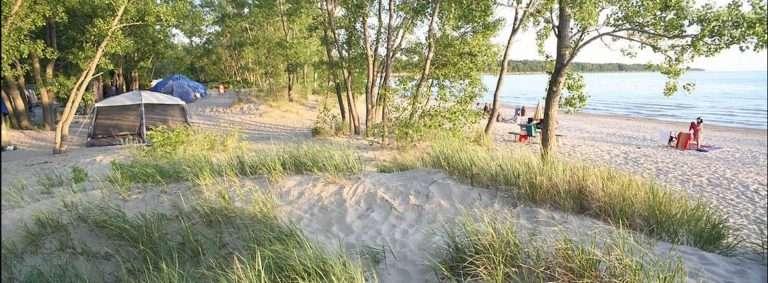 Voyage de plage à Sandbanks : 10 Airbnbs encore disponibles à louer pour tes vacances cet été