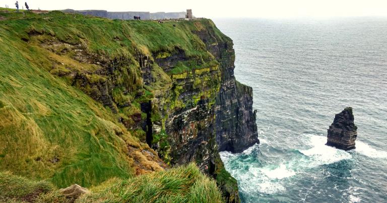 Tout ce que tu dois savoir si tu veux voyager et travailler en Irlande (post-COVID)